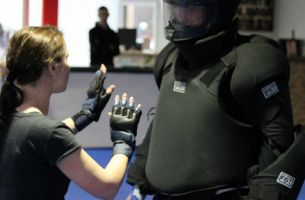Women Self Defense in der World of Defense Essen